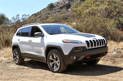 old white jeep cherokee truck decor 2014 jeep cherokee trailhawk review