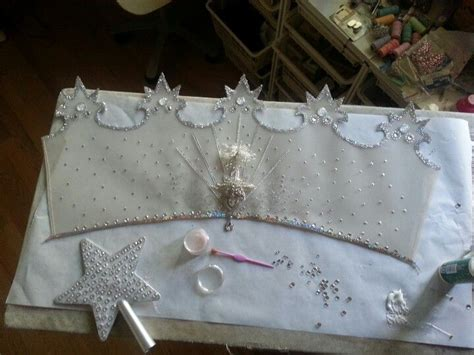 Glinda The Witch Crown Template by Glinda The Witch S Crown A Work In Progress