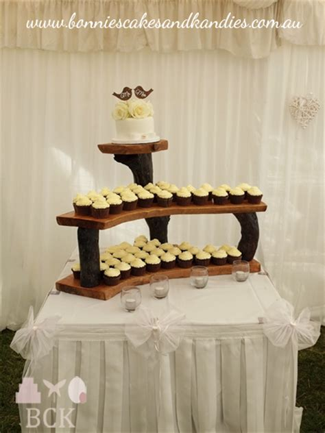 chocolate cupcakes   country wedding gympiesexton