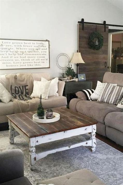 Do you want to try designing your living room in farmhouse style but don't have any idea where to start? Cozy Neutral Living Room Ideas - Earthy Gray Living Rooms To Copy - Involvery