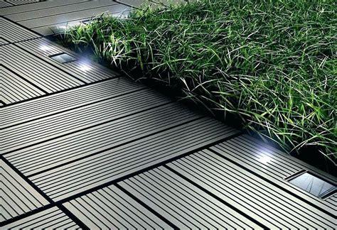 terrassenplatten kunststoff klicksystem terrassen bodenplatten