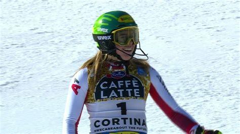 Līnsbergeres zelts slalomā nodrošina Austrijas ...