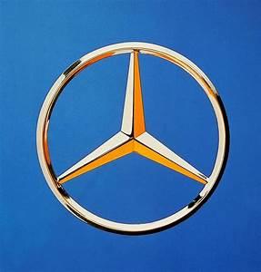 Mercedes Benz Emblem : 78 best mercedes benz logo images on pinterest mercedes ~ Jslefanu.com Haus und Dekorationen