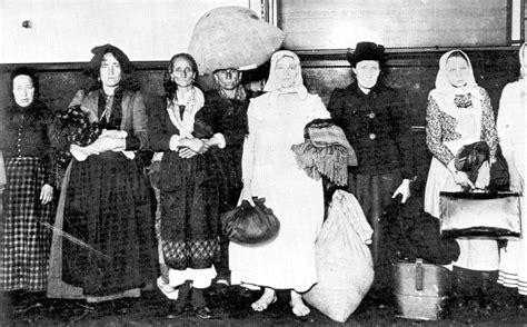 Emigrants Di Aiello Calabro