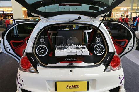 Modif Mobil Brio by Foto Modifikasi Honda Jazz Dan Brio Til Menggoda