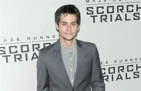 dylan o brien bumblebee dylan o brien gives bumblebee his voice the list