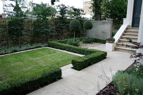 garden contemporary contemporary garden with formal planting design and resin bonded gravel paths