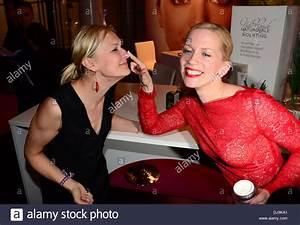 Tamara Gräfin Von Nayhauß : monika dagree and tamara graefin von nayhauss dancing at duftstars stockfoto lizenzfreies bild ~ Eleganceandgraceweddings.com Haus und Dekorationen