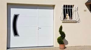 fabricant de porte de garage basculante motorisee axone With porte de garage basculante avec portillon pour modele de porte d entrée