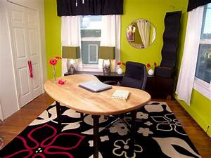 Feng Shui Home Office : feng shui your home with simple decorating fixes hgtv ~ Markanthonyermac.com Haus und Dekorationen