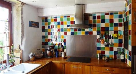 cr馘ences cuisines faience murale cuisine cuisine faience murale pour cuisine fonctionnalies cuisine