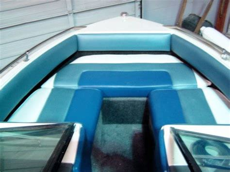Aftermarket Pontoon Boat Seats by Best 25 Boat Upholstery Ideas On Upholstery