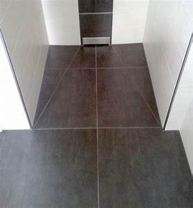 Dusche Bodengleich Fliesen : bodenebene dusche raum und m beldesign inspiration ~ Markanthonyermac.com Haus und Dekorationen