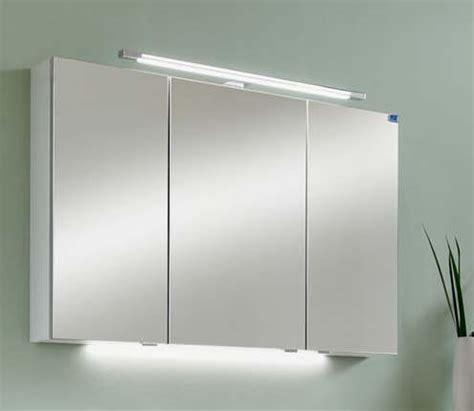 Spiegelschrank Für Badezimmer Mit Beleuchtung by Spiegelschrank Bad Mit Beleuchtung House Design