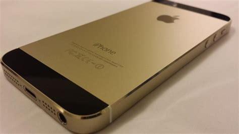 black and gold iphone 5s iphone 5s dorado y negro aparece en ebay por 3 600 1209