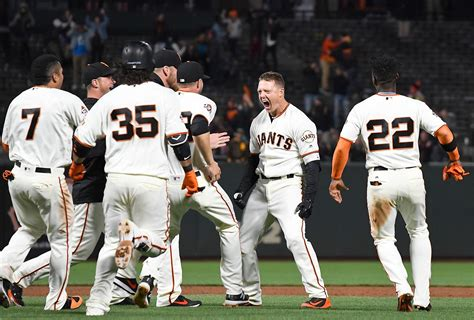 thursdays giants game youll   facebook account sfchroniclecom