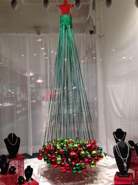 best 10 store displays ideas on - Christmas Decoration Displays