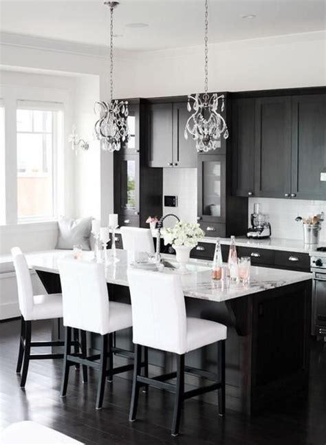 34 Timelessly Elegant Black And White Kitchens Digsdigs