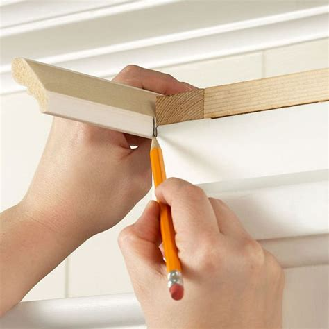 how to cut crown molding for kitchen cabinets 25 best ideas about kitchen cabinet molding on 9892