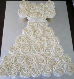 cupcake wedding dress cakes or something like that bridal shower cupcake wedding dress cupcake floral bouquets