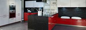 Rote Arbeitsplatte Küche : aml gmbh ausstellungsk chen abverkauf in schaffhausen ~ Sanjose-hotels-ca.com Haus und Dekorationen