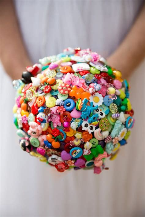 ideas  button bouquet  pinterest buttons