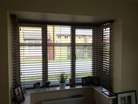 blinds for bay windows bay window venetian blinds search windows