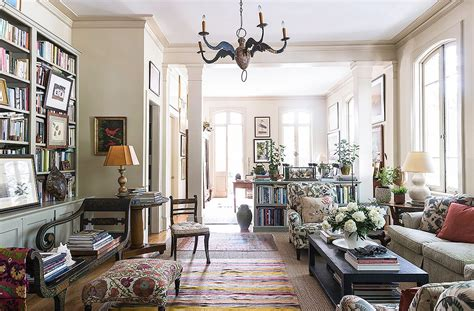 Home Decor New Orleans : Tour The New Orleans Apartment Of Author Julia Reed