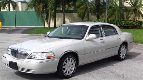 how to sell used cars 2005 lincoln town car head up display for sale 2005 lincoln town car signature sedan www southeastcarsales net youtube