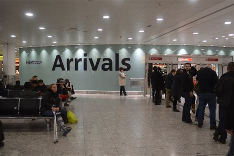 Gatwick To Heathrow In 3 Hours For £810 With Oyster Card