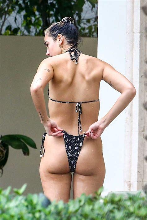 dua lipa   black polka dot bikini   pool  miami