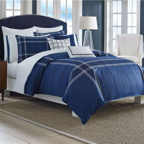 Navy Blue Set by 1000 Ideas About Blue Comforter On Blue