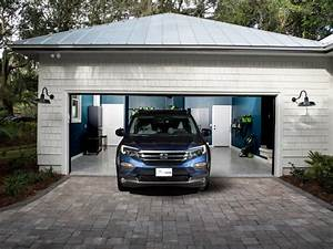 Garage Auto Tours : hgtv dream home 2017 garage pictures hgtv dream home 2017 hgtv ~ Gottalentnigeria.com Avis de Voitures
