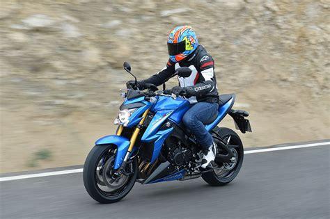 suzuki gsx s1000 suzuki gsx s1000 2015 on review mcn