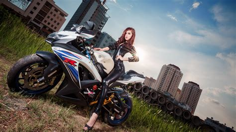 Jumpsuit Asian Latex Suzuki Motorcycle Wallpaper