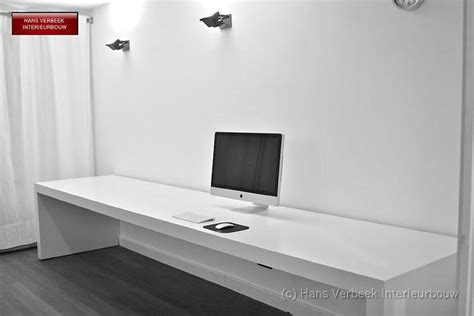 bureau mdf lang smal bureau mdf afgewerkt wit gespoten werkspot