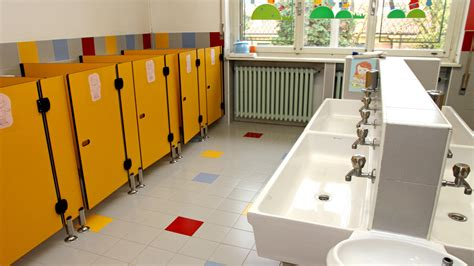 children left  pee   pants due  lack  toilets