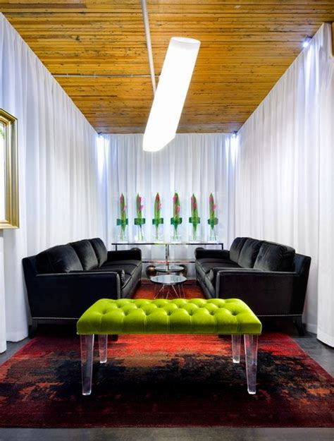 red  green interiors  color  interior decorating