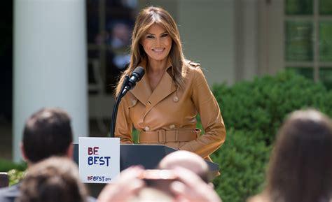 Melania Trump Copying Michelle Obama Speech - YouTube