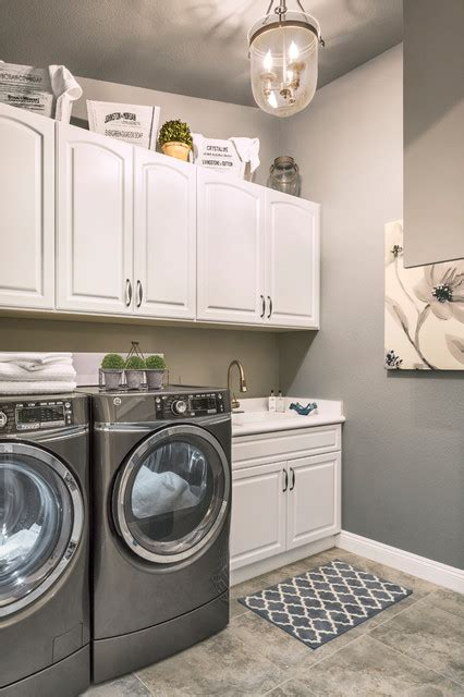 West Wing  Traditional  Laundry Room  Las Vegas By