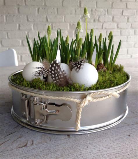 easter decorationbuiten paasdecoratie taartvorm