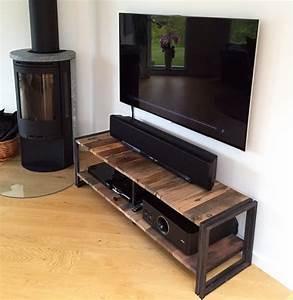 meuble tele pour chambre meuble tv avec roulettes uteyo With petite tele pour chambre