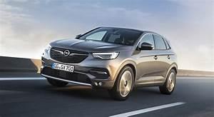Avis Opel Crossland X : opel grandland x essai video le faux jumeau essai ~ Medecine-chirurgie-esthetiques.com Avis de Voitures