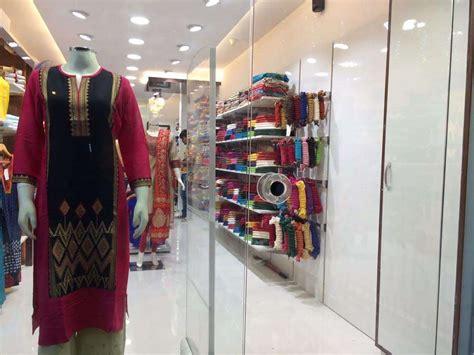 sabhayata unveils  fourth store  mumbai  fashion