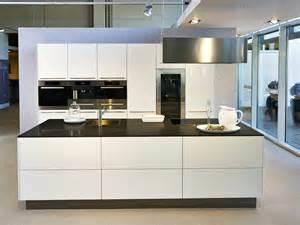 Moderne Küchen Mit Insel Elegant Gallery R Modelhomeart