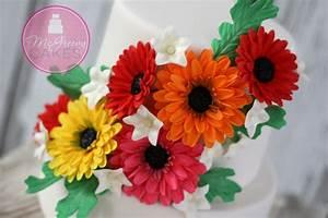 Gumpaste (or fondant) Gerber Daisy Tutorial - McGreevy Cakes