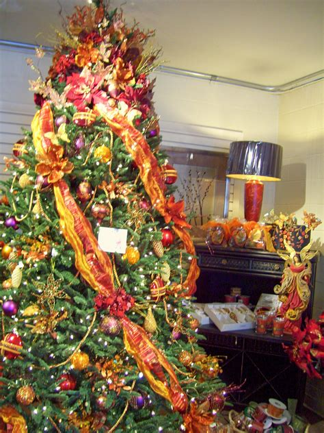 inside out 39 s tree display in brentwood tn times guide to brentwood tn