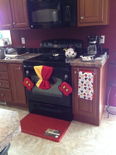 mickey mouse kitchen tips disney kitchen decor disney kitchen mickey mouse kitchen