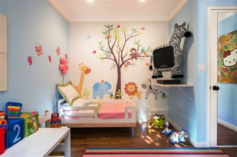 Accent walls can be as simple as painting one wall a slightly different shade than the rest of your room, to using a different (more bold) color, to adding pattern or texture on the. 20+ Accent Wall Designs, Decor Ideas for Kids | Design ...