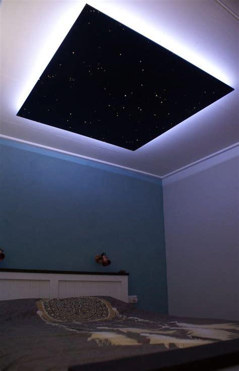 sternenhimmel led decke sternenhimmel leuchte im schlafzimmer led decke glasfaser